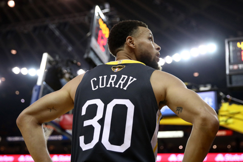 Pamatykite: tolimiausi S.Curry metimai prieš kiekvieną NBA klubą