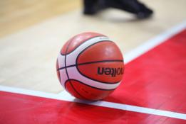 FIBA stabdo dar tris Europos turnyrus