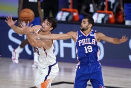 NBA žaidėjui – 18–metės kaltinimai žmonos išdavyste