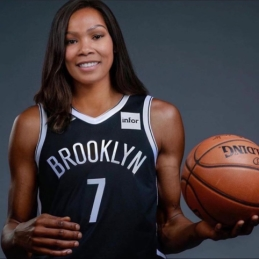 Griūk iš juoko: NBA žvaigždės – sumoteriškėjusiais veidais