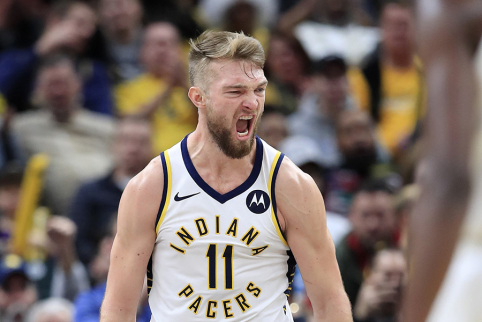 """""""Pacers"""" vilioja B. Simmonsą: ar mainai palies D. Sabonį?"""